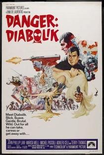 Perigo: Diabolik - Poster / Capa / Cartaz - Oficial 3