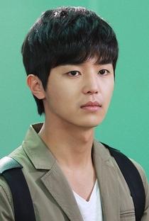 Yun Woo Jin - Poster / Capa / Cartaz - Oficial 8