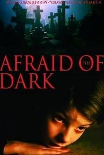 Medo De Escuro - Poster / Capa / Cartaz - Oficial 1