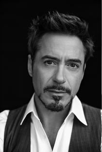 Robert Downey Jr. - Poster / Capa / Cartaz - Oficial 7