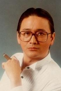 Charlie Cho (I) - Poster / Capa / Cartaz - Oficial 1
