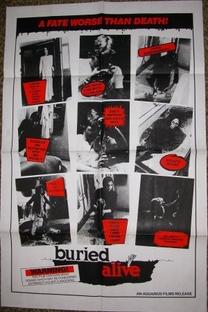Buio Omega - Poster / Capa / Cartaz - Oficial 5