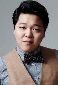 Yoo Joon-Hong