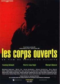 Os Corpos Abertos - Poster / Capa / Cartaz - Oficial 1