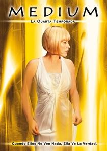 A Paranormal (4ª Temporada) - Poster / Capa / Cartaz - Oficial 1
