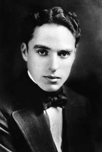 Charles Chaplin - Poster / Capa / Cartaz - Oficial 7
