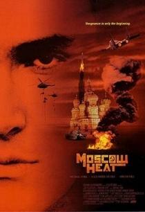 Moscou em Chamas - Poster / Capa / Cartaz - Oficial 3