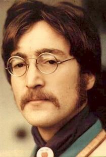 John Lennon - Poster / Capa / Cartaz - Oficial 2