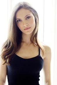 Samantha Robinson (VI)