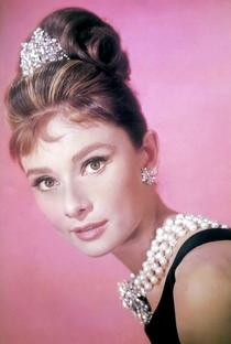 Audrey Hepburn (I) - Poster / Capa / Cartaz - Oficial 9