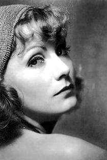 Greta Garbo - Poster / Capa / Cartaz - Oficial 9