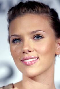 Scarlett Johansson - Poster / Capa / Cartaz - Oficial 2