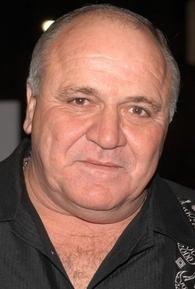 Steve Eastin (I)