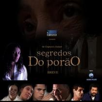 Segredos do Porão - Poster / Capa / Cartaz - Oficial 1