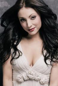 Leah Gibson (I)