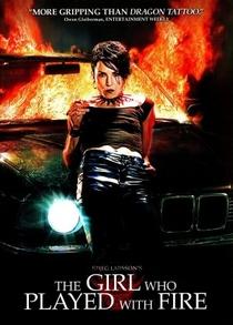 Millennium II - A Menina que Brincava com Fogo - Poster / Capa / Cartaz - Oficial 4