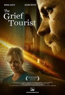 The Grief Tourist - Poster / Capa / Cartaz - Oficial 3