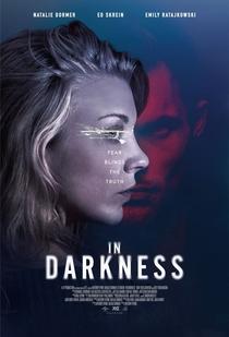 Na Escuridão - Poster / Capa / Cartaz - Oficial 1