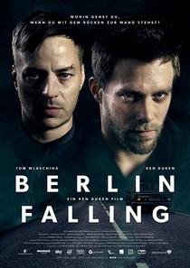 Berlin Falling - Poster / Capa / Cartaz - Oficial 1