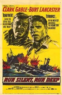 O Mar é Nosso Túmulo - Poster / Capa / Cartaz - Oficial 2