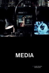 Media - Poster / Capa / Cartaz - Oficial 1
