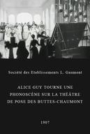 Alice Guy tourne une phonoscène sur la théâtre de pose des Buttes-Chaumont (Alice Guy tourne une phonoscène sur la théâtre de pose des Buttes-Chaumont)
