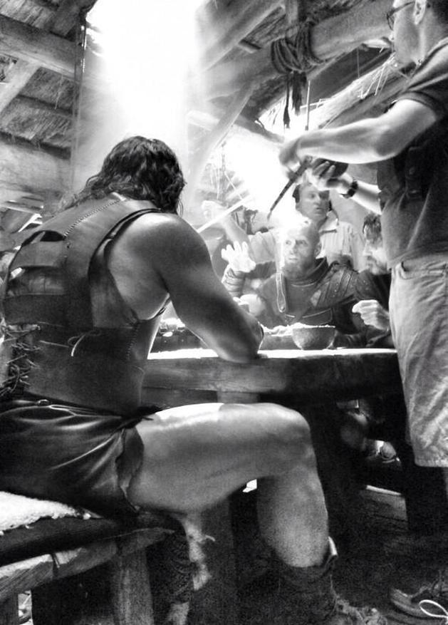 """Dwayne Johnson em mais uma imagem dos bastidores de """"Hércules"""""""