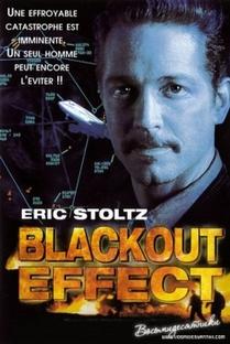 Efeito Blackout - Poster / Capa / Cartaz - Oficial 1