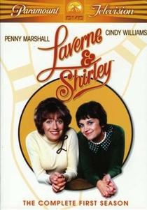 Laverne & Shirley (1ª Temporada) - Poster / Capa / Cartaz - Oficial 1