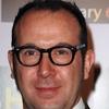 Paul MacGuigan será o diretor de Frankenstein.