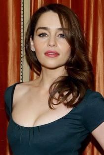 Emilia Clarke - Poster / Capa / Cartaz - Oficial 15