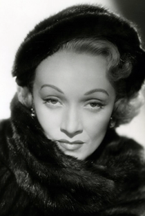 Marlene Dietrich - Poster / Capa / Cartaz - Oficial 12