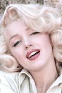 Marilyn Monroe - Poster / Capa / Cartaz - Oficial 8