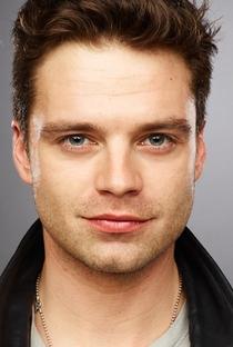Sebastian Stan - Poster / Capa / Cartaz - Oficial 3