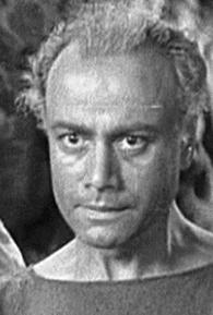 John Davidson (l)