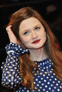Bonnie Wright - Poster / Capa / Cartaz - Oficial 7