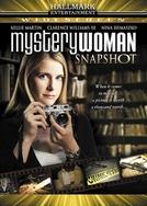 Uma Mulher Misteriosa: A Lente da Verdade (Mystery Woman: Snapshot)
