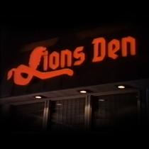 Lion's Den - Poster / Capa / Cartaz - Oficial 1