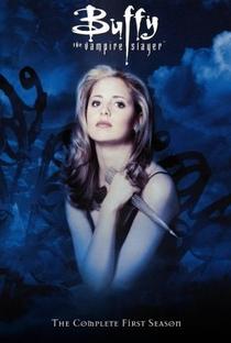 Buffy, a Caça-Vampiros (1ª Temporada) - Poster / Capa / Cartaz - Oficial 1