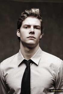 Hunter Parrish - Poster / Capa / Cartaz - Oficial 1