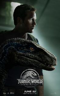 Jurassic World: Reino Ameaçado - Poster / Capa / Cartaz - Oficial 7