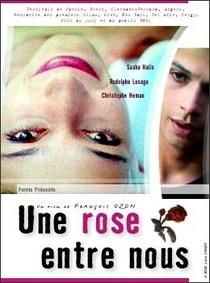 Une rose entre nous - Poster / Capa / Cartaz - Oficial 1
