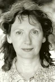 Lorraine Hilton