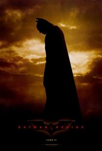 Batman Begins - Poster / Capa / Cartaz - Oficial 8