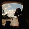 CRÍTICA: Documentário político traz dilema de cubana sem chavões do gênero
