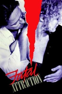 Atração Fatal - Poster / Capa / Cartaz - Oficial 13