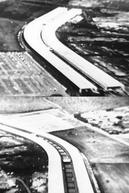 Universidade de Brasília: Primeira Experiência em Pré-Moldados (Universidade de Brasília: Primeira Experiência em Pré-Moldados)
