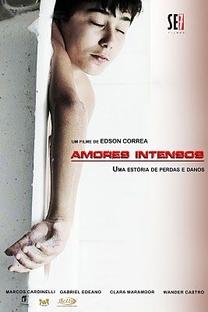 Amores Intensos - Poster / Capa / Cartaz - Oficial 1