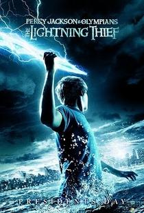 Percy Jackson e o Ladrão de Raios - Poster / Capa / Cartaz - Oficial 2