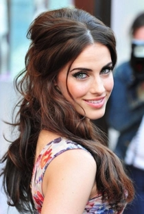 Jessica Lowndes - Poster / Capa / Cartaz - Oficial 1